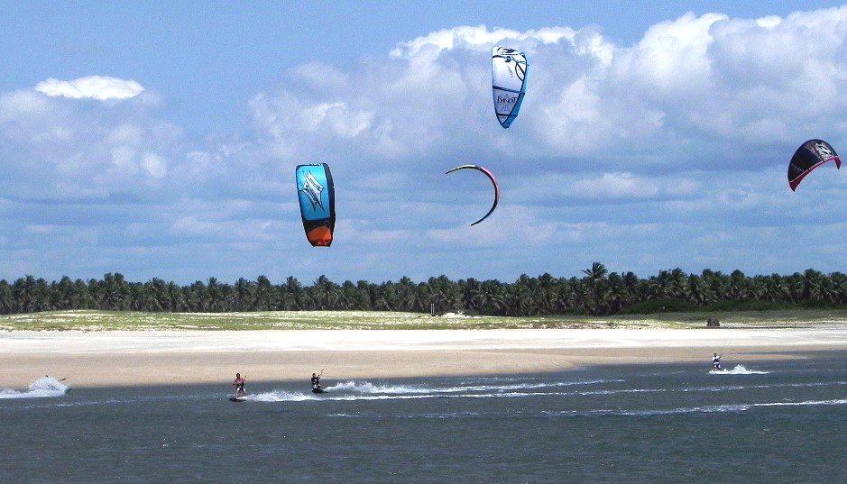 KiteSurf na Praia da Pipa